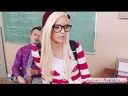 Profesor pervers si o eleva blonda